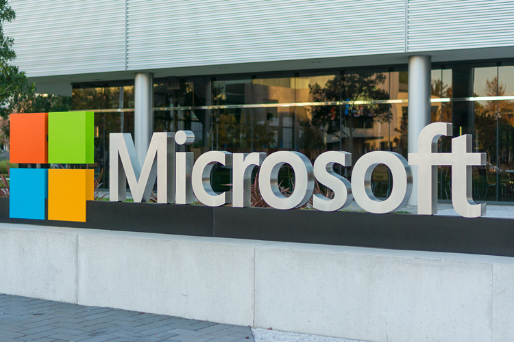 Microsoft Wipes Huge Facial-recognition Database
